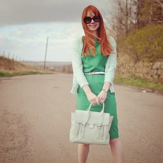 New post on ForeverAmber.co.uk, featuring my @boden_clothing Audrey dress and my new fringe #ootd #fashionblogger #green #greendress #redhead #bodenmondays