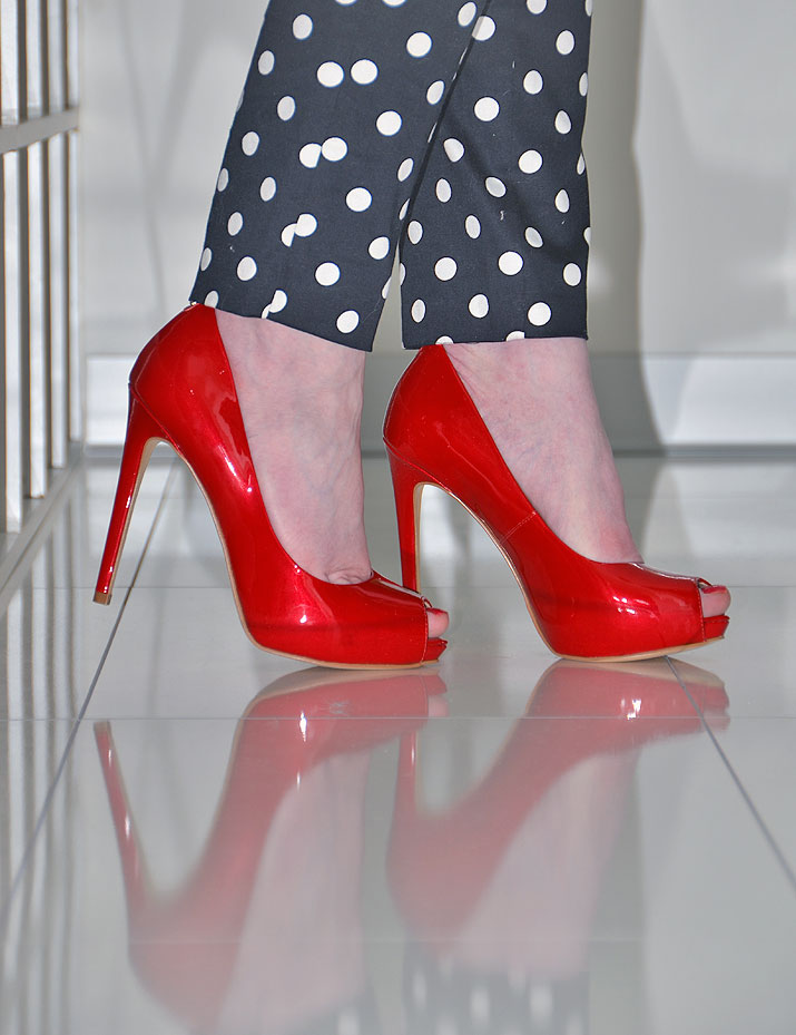 Guess Ansina red patent peep toe high heel shoes