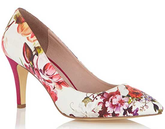 Oasis floral print mid heel court shoes