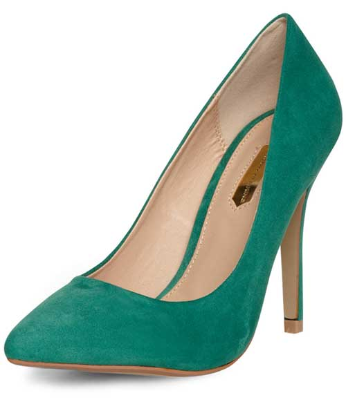 green pointed court shoes