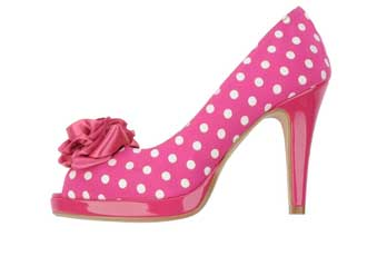 pink-poka-dot-shoes