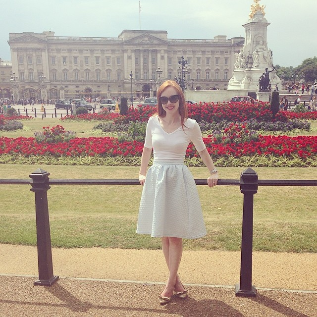 New post is up at ForeverAmber.co.uk, featuring our day in London last week... #london #buckinghampalace #ootd #fashionblogger #adventure