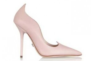 Versace pink scalloped leather pumps