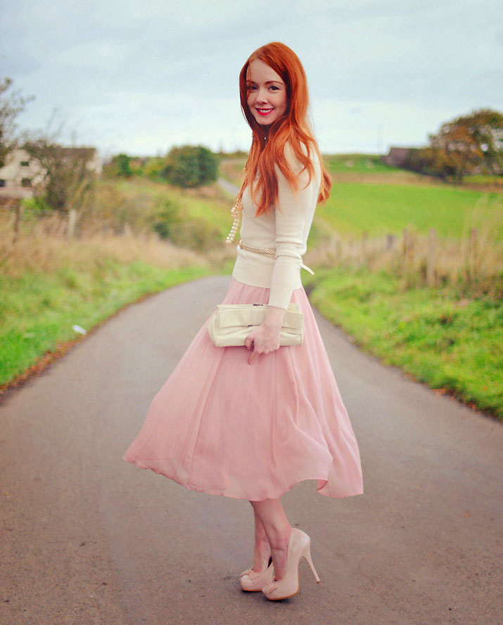 what to wear with a midi skirt