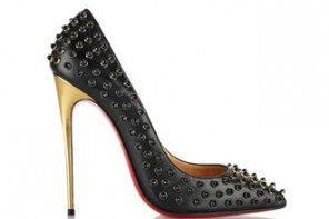 Friday Fix | Christian Louboutin Follies Cabo 120 embellished leather pumps