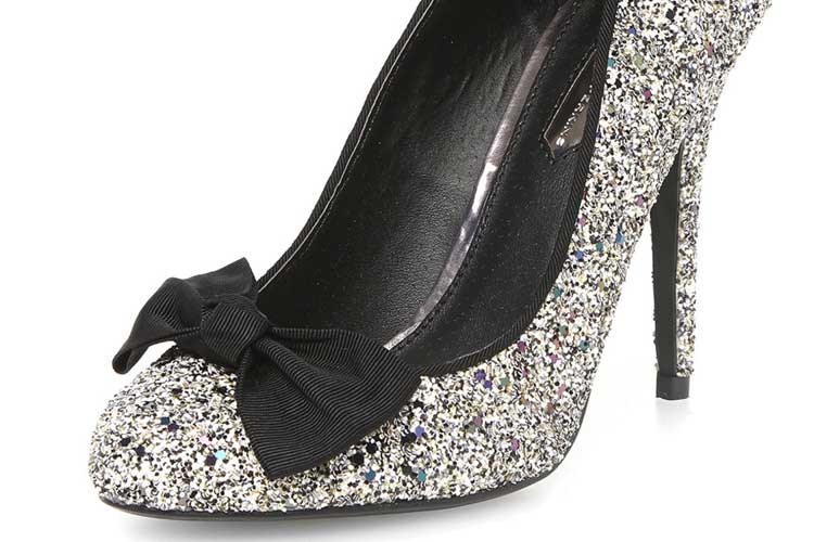 fc6d21790391 Shoe of the Day | Dorothy Perkins silver glitter bow pumps