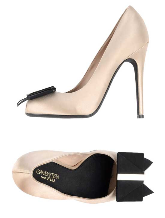 black and cream bow court shoes by Giambattista Valli