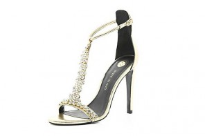 Shoe of the Day |River Island gold embellished barely-there sandals