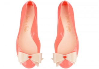 jelly flats with heart and bow