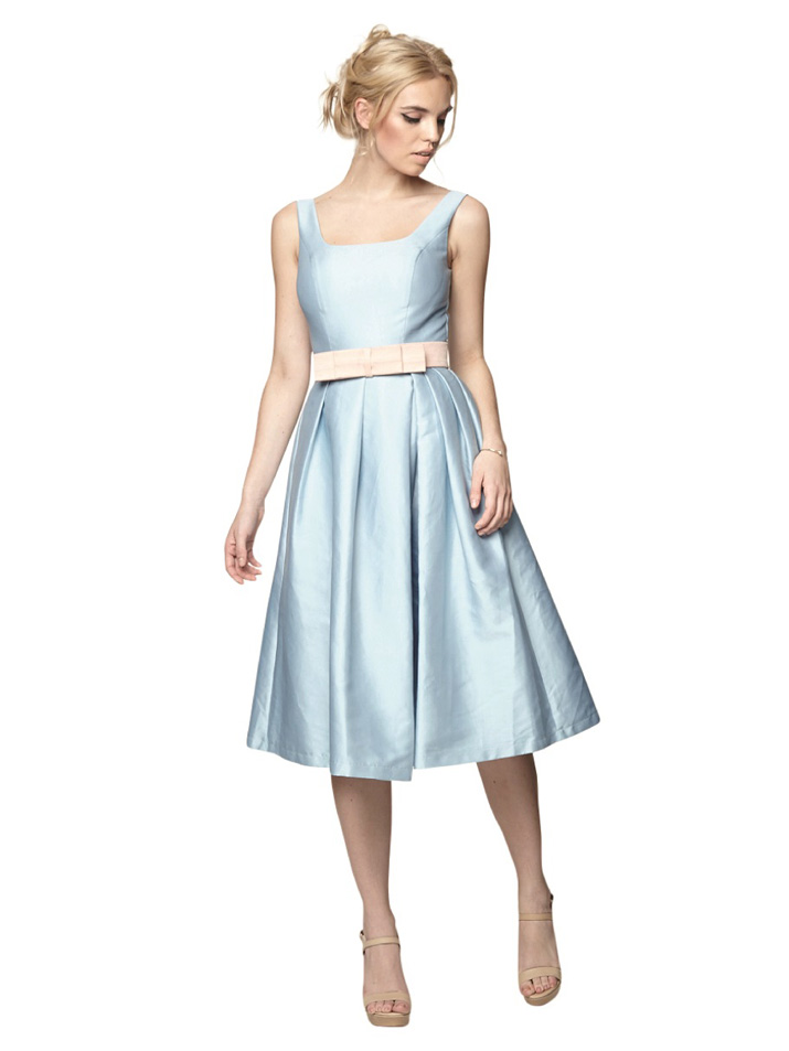 blue 50s-inspired prom dress