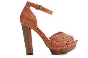 Miss Selfridge Francisco tan wooden heeled sandals