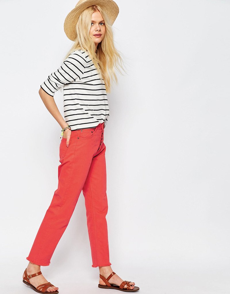 red jeans and stripe top