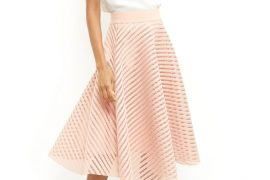 how to wear a pink midi skirt