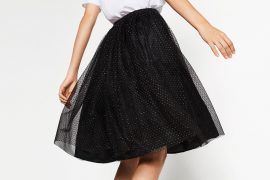How to Wear a Tulle Skirt for Daytime