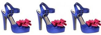 Blue platform sandals with pink rosette