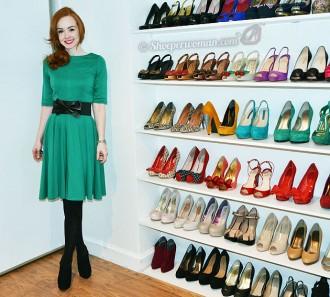 green dress and high heels