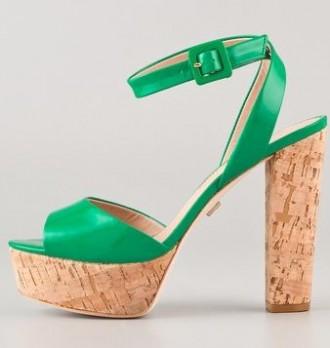 Pour la Victoire 'Nasha' sandals