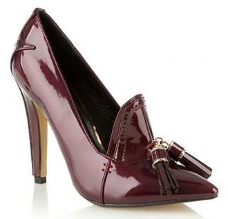 wine high heeled shoes