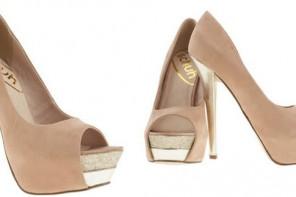 Schuh 'Hot Lips' platform peep toes