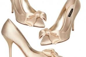 Bridal Shoes: Dolce & Gabbana satin bow pumps