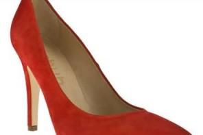 Schuh 'Darling Do' red suede stilettos