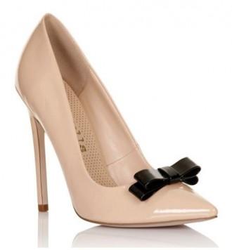 Paper Dolls Bow front court shoes